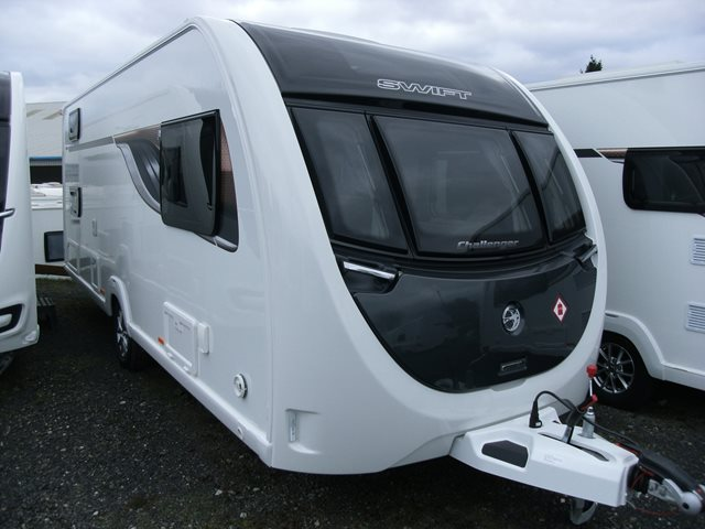 1 - Swift Challenger 590 AL